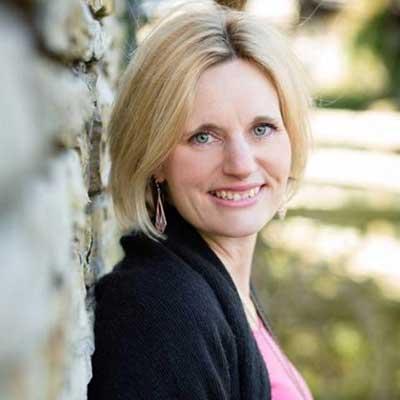 Faye Dicker - Testimonial for Gail Gibson